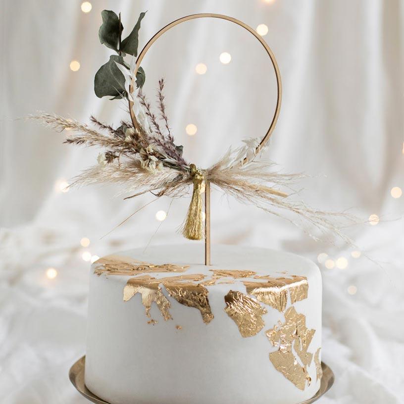 Kakkukoristeet täydellisiin kakkuihin