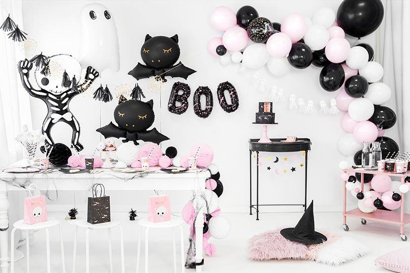 Halloween juhlakoristeet ja teemat