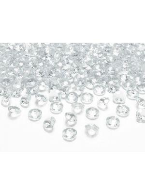 Värittömät pienet timantit