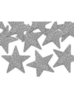 Kimaltelevat hopeiset tähdet glitterkartongista.