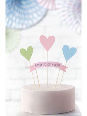 """Pastelli kakkukoriste joka koostu neljästä osasta; 3 sydäntä ja yksi banneri tekstillä """"everything you wish for"""""""