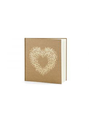 Kraft-paperista tehty vieraskirja kultaisella sydämellä.