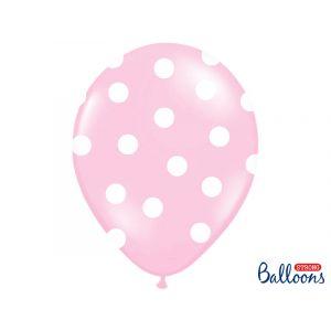 Vaaleanpunaiset ilmapallot isoilla valkoisilla pilkuilla